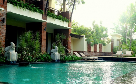 Swimming Pool di Arena Living Sanur