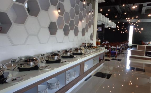 buffet di Berry Biz Hotel