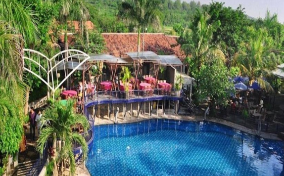 Swimming Pool di Bukit Daun Hotel and Resort