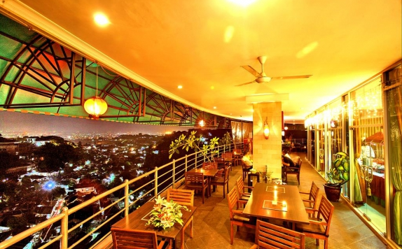 Rooftop di Candiview Hotel