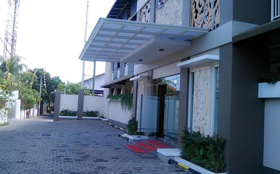 Front view di Cozy Stay Simpang