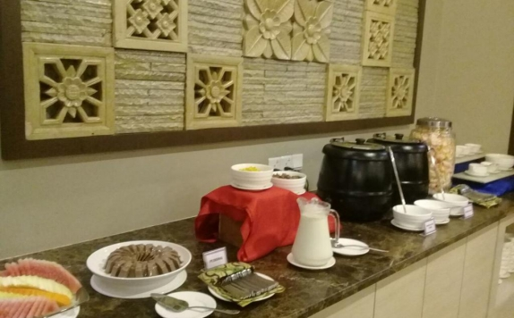 food and beverages di Dreamtel Jakarta Hotel