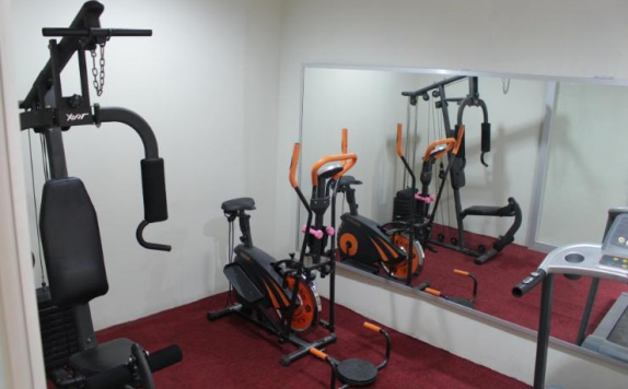 Gym and Fitness Center di Gadjah Mada University Club Hotel & Convention