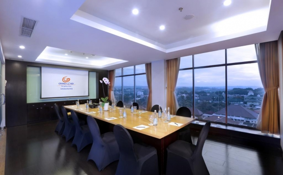 meeting room di Grand Candi Hotel