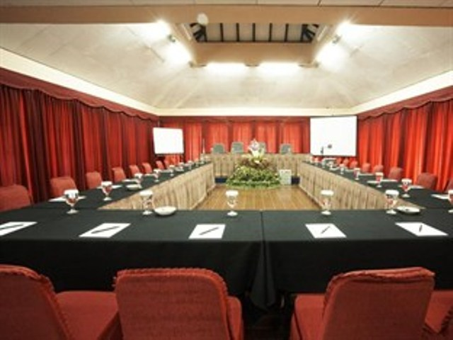 Ballroom di Grand Cempaka Resort & Convention