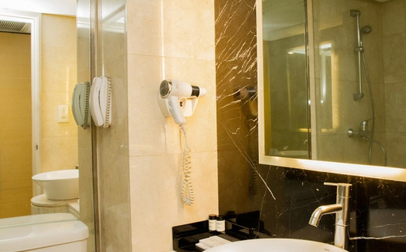 Bathroom di Grand Kemang
