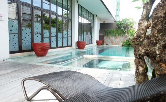 Swiming Pool di Grand Livio Legian