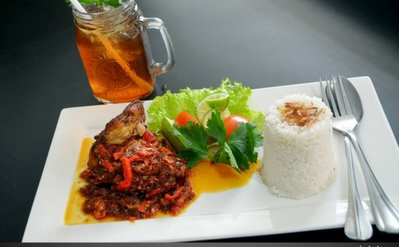 Food and Beverages di Griya Hotel Medan