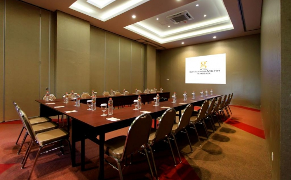Meeting room di Gunawangsa Merr Surabaya