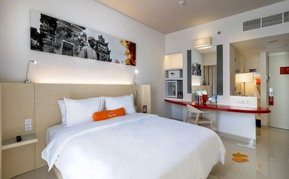 Room di Harris Hotel and Conventions Denpasar Bali