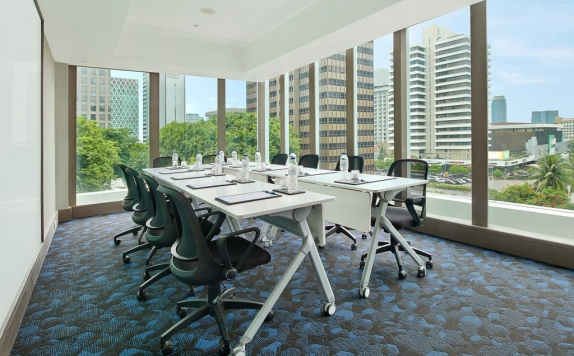 Meeting Room di Holiday Inn Express Jakarta Wahid Hasyim