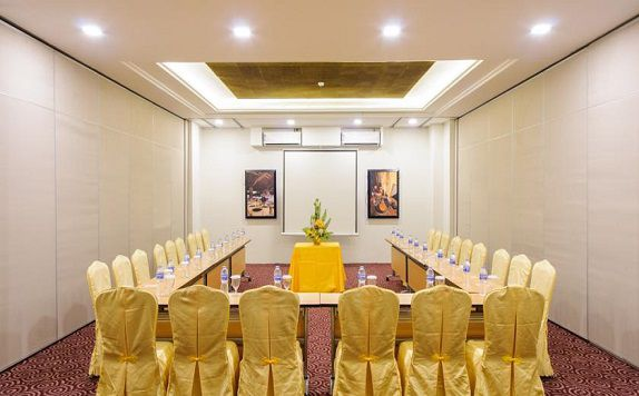 Meeting Room di @HOM hotel Kudus