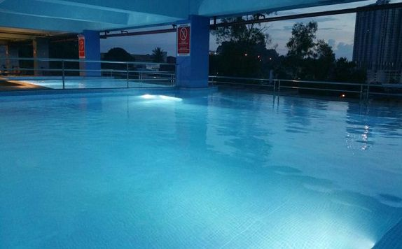 Swimming Pool di Horison Ultima King's Batam (formerly King's Hotel Batam)