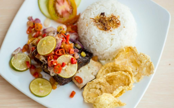 Food and Beverages di Hotel 88 Mangga Besar