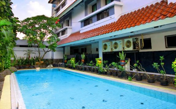swimming pool di Hotel Cipta 2 Mampang