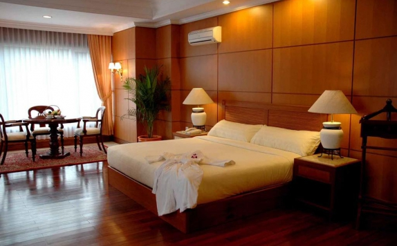Guest Room di Hotel Royal Senyiur