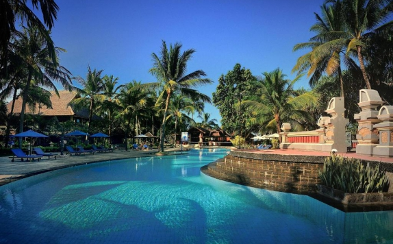 Swimming Pool di Jayakarta Lombok Beach Resort & Spa