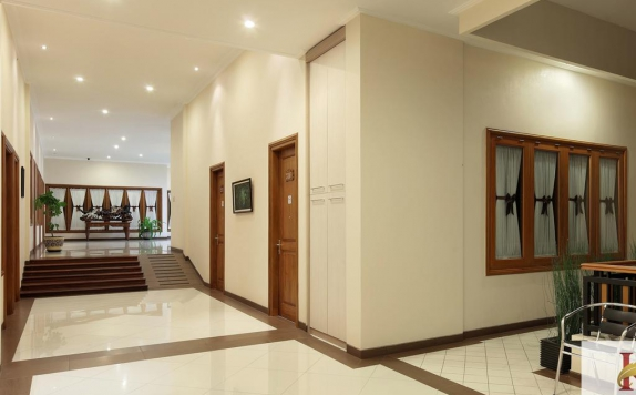 Interior di Kertanegara Guest House
