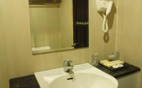 Bathroom di Losari Beach