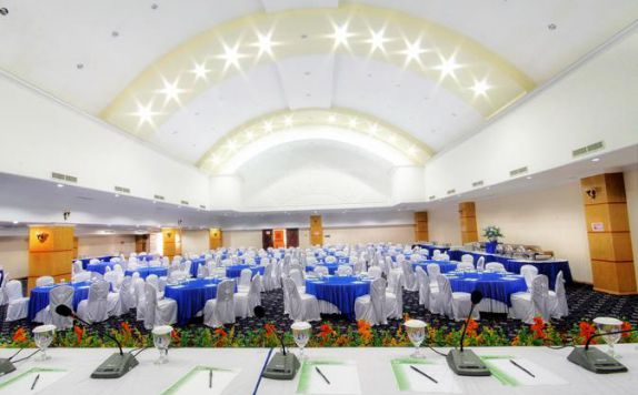 Meeting Room di Madani Syariah Hotel