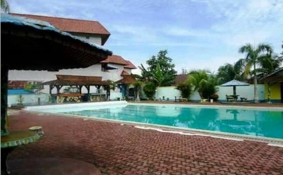 swimming pool di Mahkota Singkawang