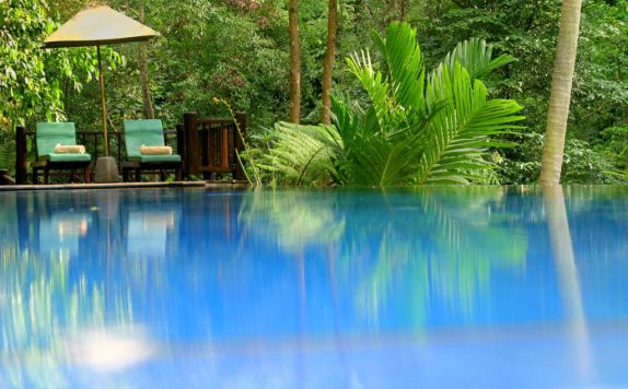 swimming pool di Natura Resort & Spa