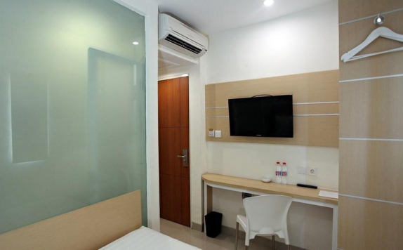 Interior Bedroom di Nite & Day Surabaya Gunung Sari