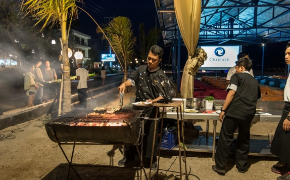 Seafood BBQ di Ombak Paradise Hotel