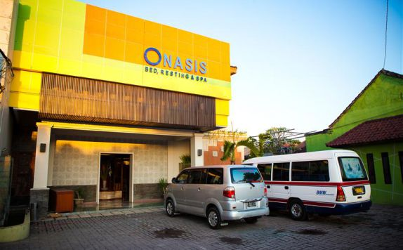 exterior di Onasis Bed Resting and Spa