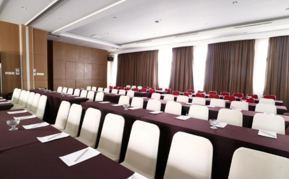 Meeting room di Ramedo Hotel Makassar