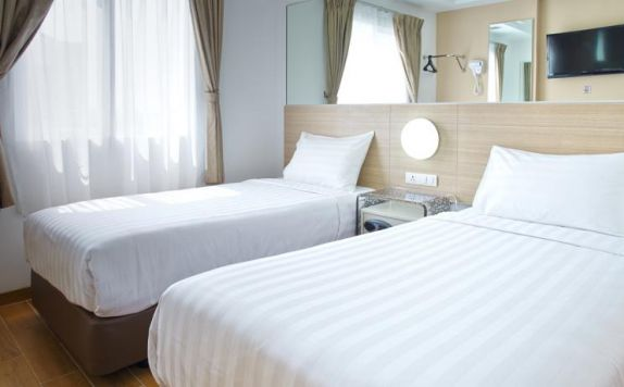 Twins Bed di Red Planet Hotel Pasar Baru