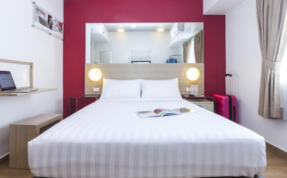 Guest room di Red Planet Makassar