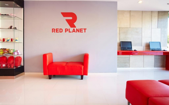 Interior di Red Planet Makassar