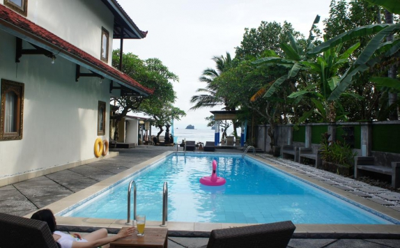Swimming pool di Resort Prima Candidasa