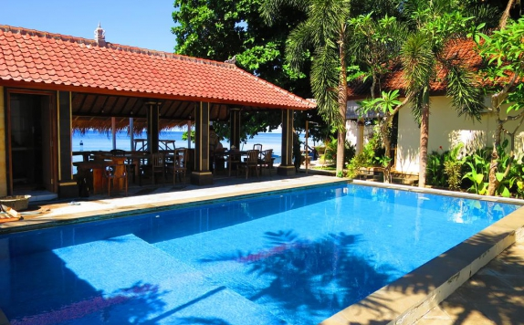 Swimming Pool di Rising Star Beach Resort