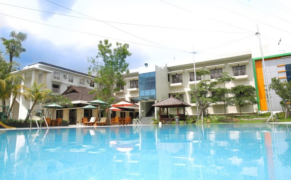 Swimming Pool di Samara Hotel