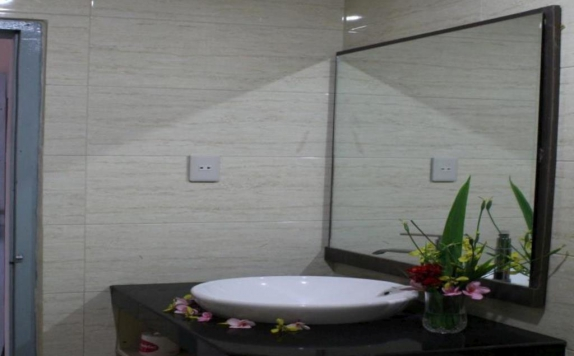 Bathroom di Samosir Cottages resort