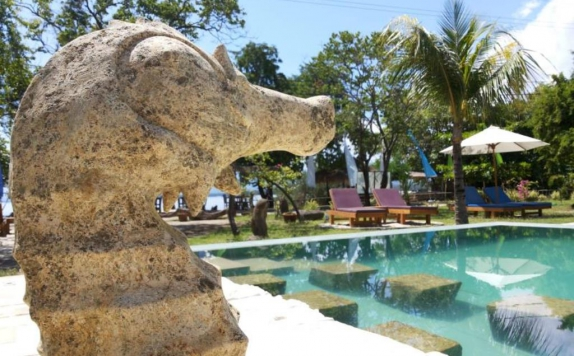 Outdoor Pool Hotel di Satu Tiga Resort