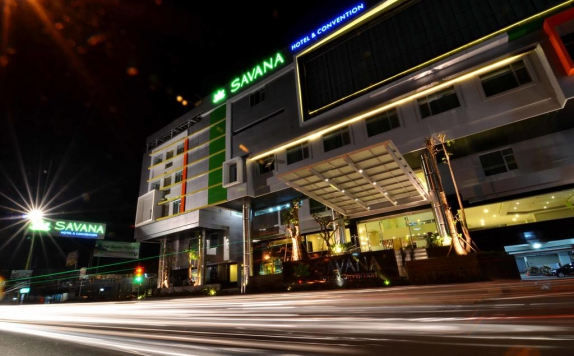 Front view di Savana Hotel & Convention