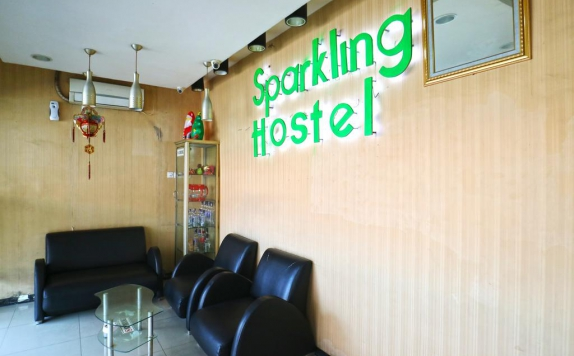 Interior di Sparkling Backpacker