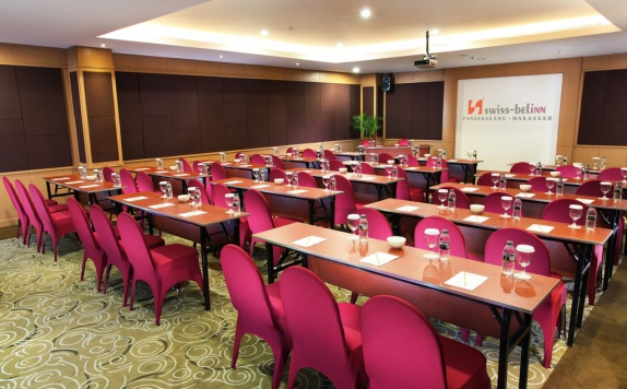 meeting room di Swiss-Belinn Panakkukang Makassar