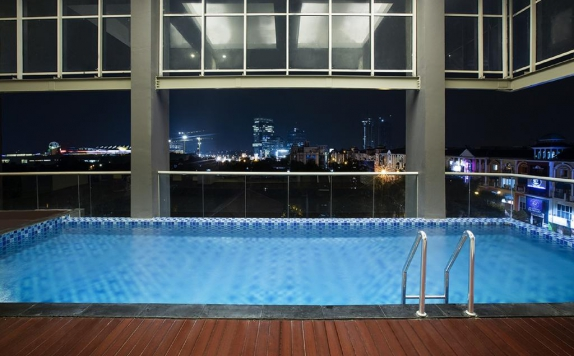 Swimming pool di The Bellevue Suites, Jakarta