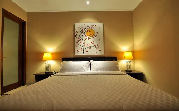King Bed di The Jas Villas