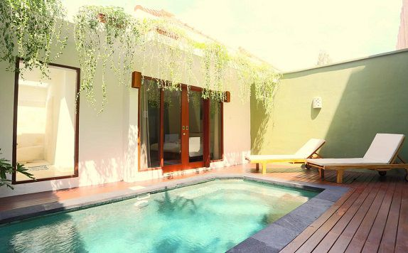 Swimming Pool di The Jas Villas