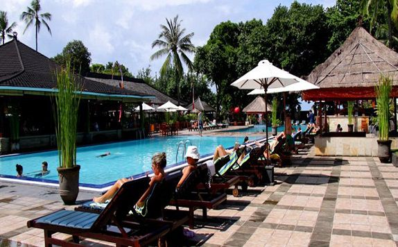 Swimming Pool di The Jayakarta Bali Beach Resort Residence and Spa