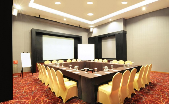 Meeting room di The Luxton Bandung