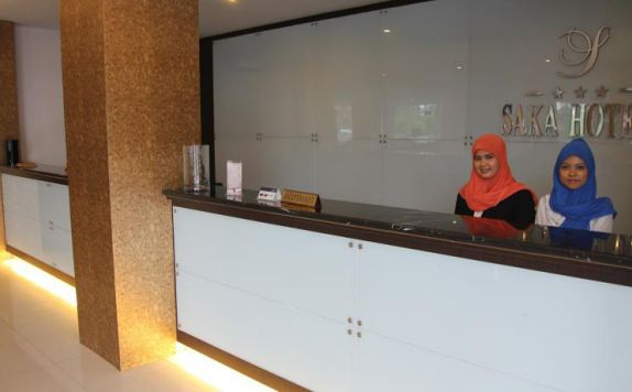 Receptionist di The Saka Palace