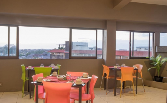 restaurant di The Sunset Point Hotel