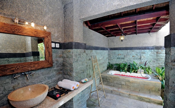 Bathroom di Three Brothers Bungalow