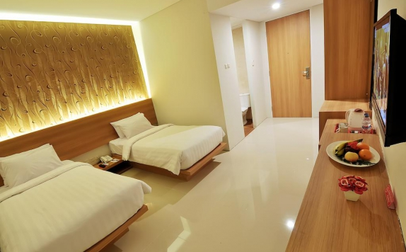 guest room twin bed di Tickle Hotel